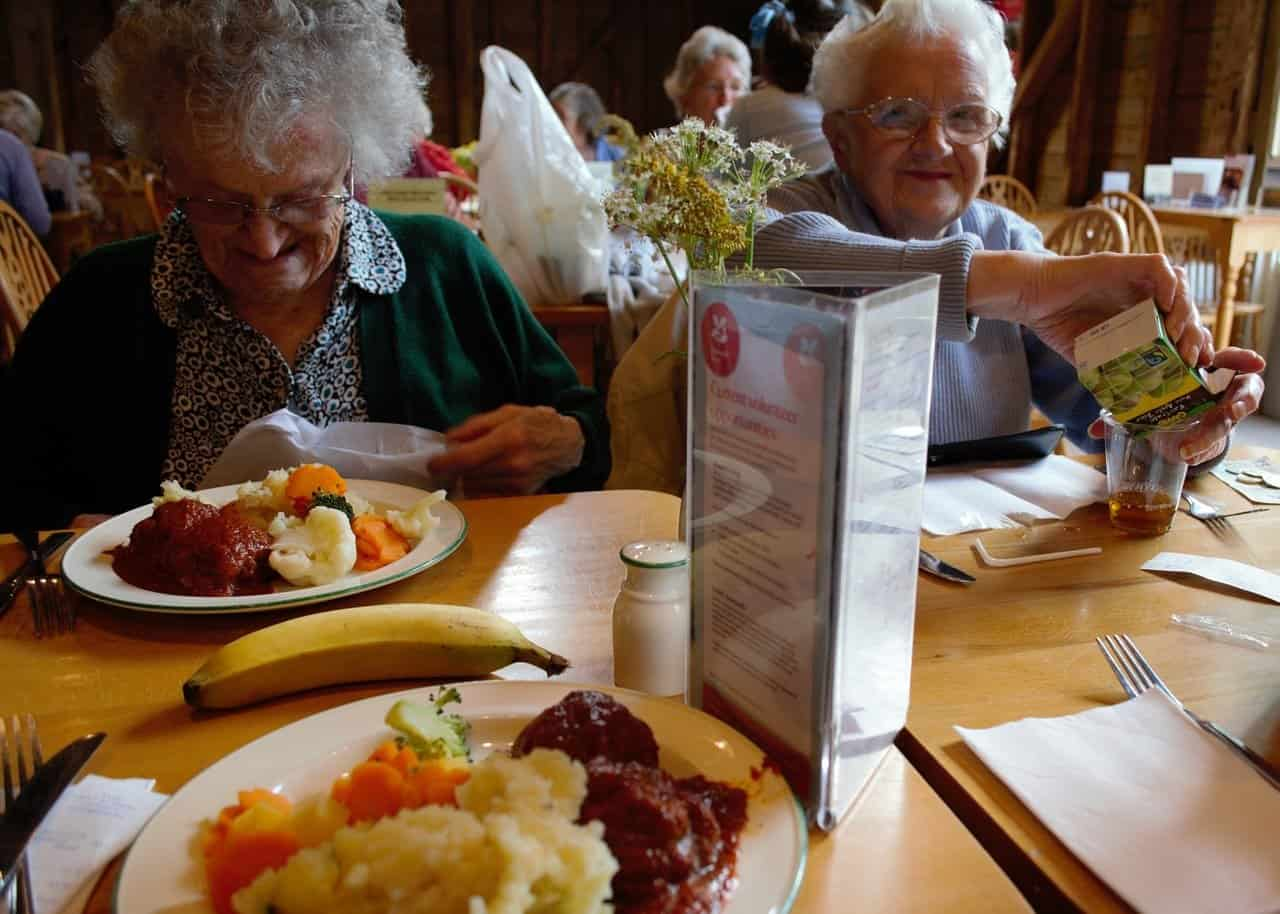 5 Tips to Increase the Appetite of the Elderly - From Expert Nutritionist