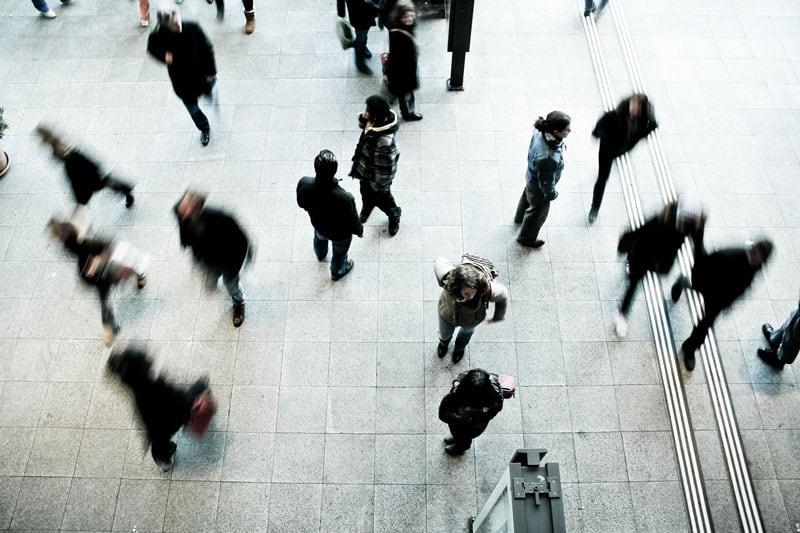 pedestrians-on-a-rush